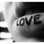 Романтические статусы о любви