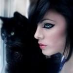Статусы про девушек кошек